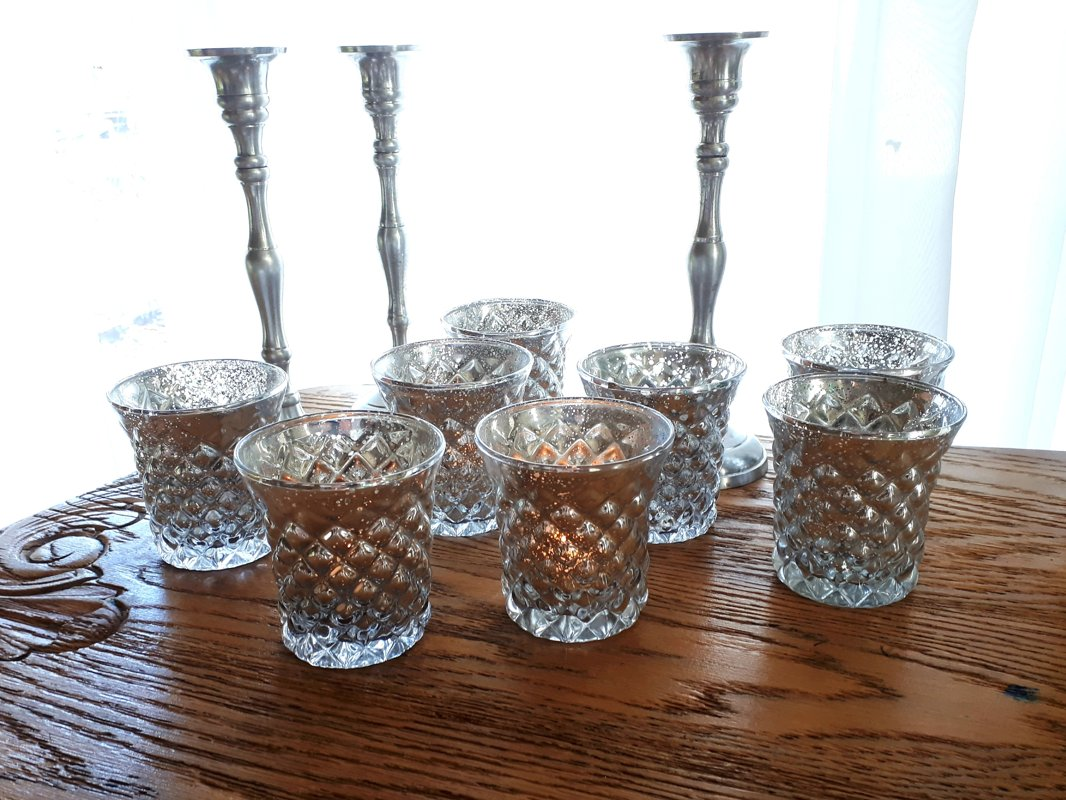 Sudraboti svečturi tējas svecēm