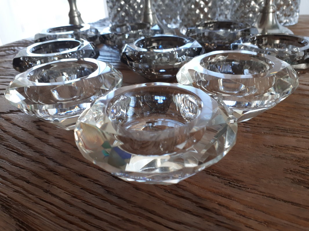 Kristāla formas svečturi tējas svecēm