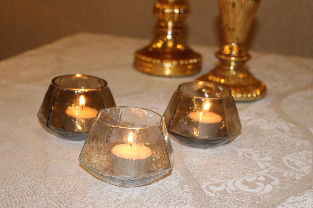 Ģeometriski stikla svečturi