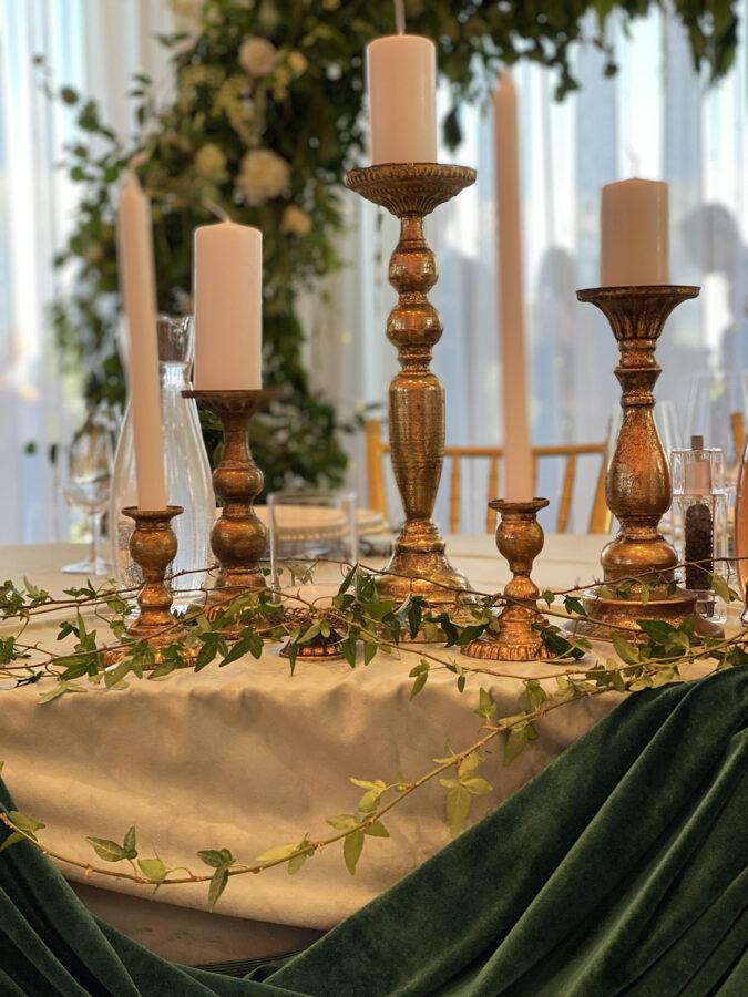 Svečturu komplekts jaunā pāra galdam - noma
